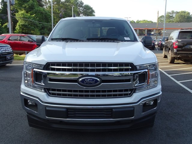 2019 Oxford White Ford F-150 XLT Truck RWD Automatic Regular Unleaded V-8 5.0 L/302 Engine 4 Door
