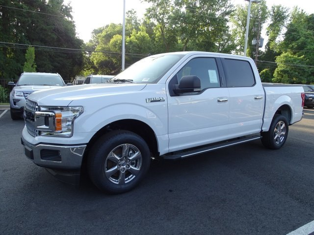 2019 Oxford White Ford F-150 XLT RWD Automatic Regular Unleaded V-8 5.0 L/302 Engine
