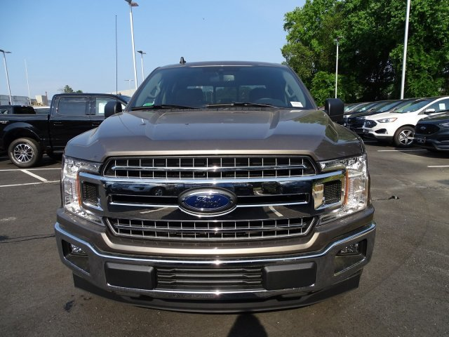2019 Stone Gray Metallic Ford F-150 XLT RWD Truck 4 Door Regular Unleaded V-8 5.0 L/302 Engine Automatic