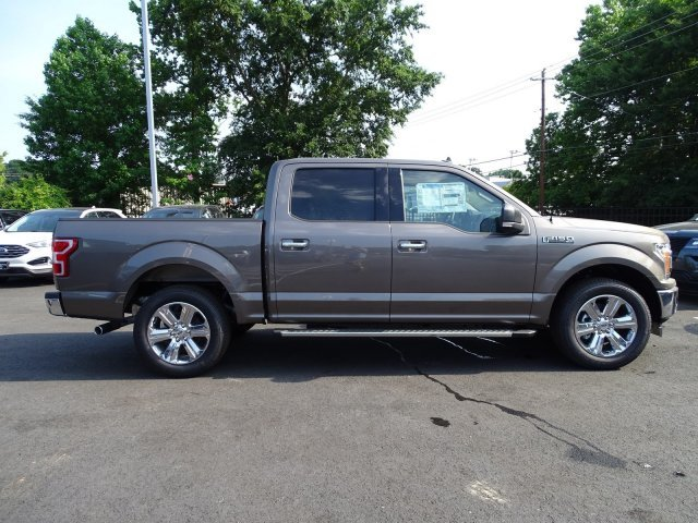 2019 Stone Gray Metallic Ford F-150 XLT RWD 4 Door Regular Unleaded V-8 5.0 L/302 Engine Truck Automatic