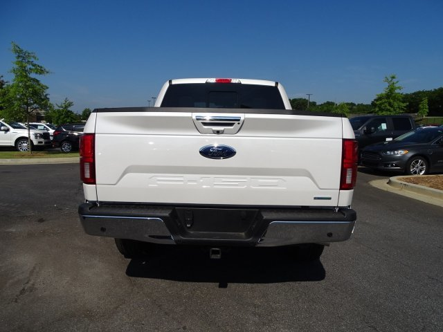 2019 White Platinum Metallic Tri-Coat Ford F-150 LARIAT Automatic Twin Turbo Regular Unleaded V-6 3.5 L/213 Engine 4X4 4 Door Truck
