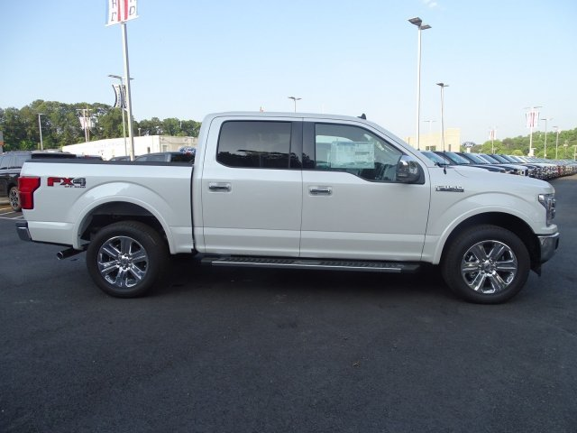 2019 White Platinum Metallic Tri-Coat Ford F-150 LARIAT Automatic 4X4 Twin Turbo Regular Unleaded V-6 3.5 L/213 Engine