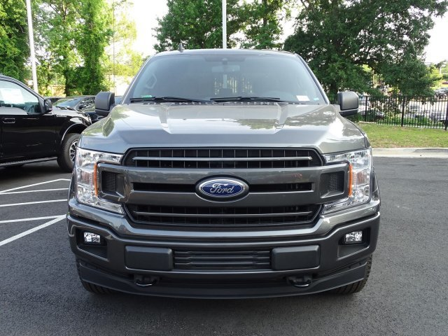 2019 Magnetic Metallic Ford F-150 XLT Regular Unleaded V-8 5.0 L/302 Engine 4X4 Automatic 4 Door
