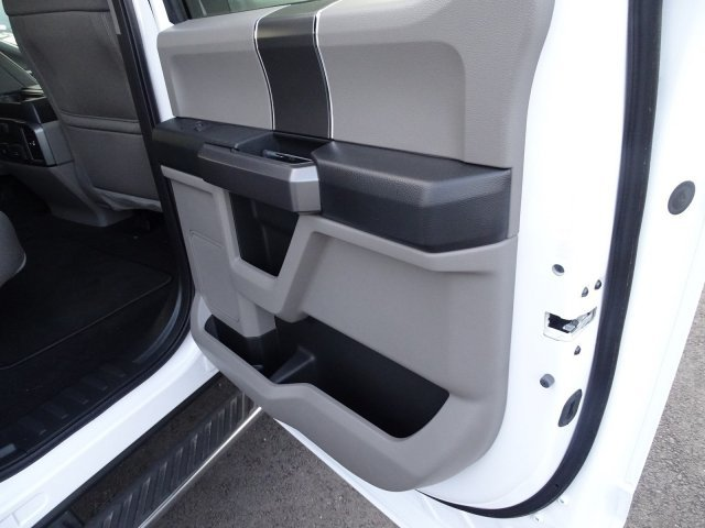 2019 Oxford White Ford F-150 XLT Automatic 4 Door 4X4