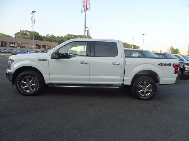 2019 Oxford White Ford F-150 XLT Truck Regular Unleaded V-8 5.0 L/302 Engine Automatic 4 Door 4X4