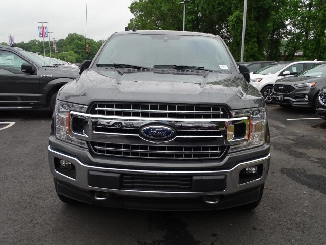 2019 Magnetic Metallic Ford F-150 XLT Regular Unleaded V-8 5.0 L/302 Engine 4 Door Automatic Truck