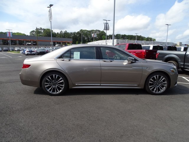 2019 Lincoln Continental Reserve Sedan Twin Turbo Unleaded V-6 2.7 L/164 Engine Automatic FWD 4 Door