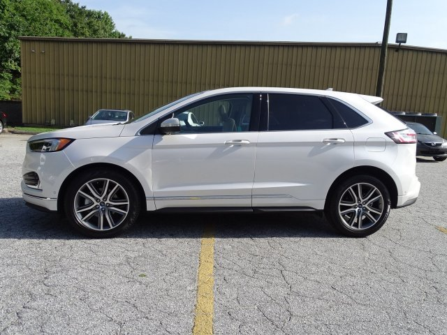 2019 Ford Edge Titanium FWD Automatic SUV Intercooled Turbo Premium Unleaded I-4 2.0 L/122 Engine