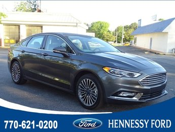 2017 Ford Fusion SE FWD Intercooled Turbo Regular Unleaded I-4 2.0 L/122 Engine 4 Door Automatic Sedan