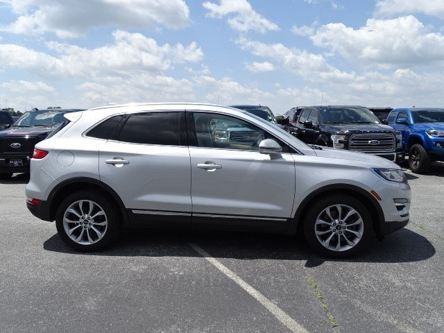 2016 Ingot Silver Metallic Lincoln MKC Select SUV 4 Door Intercooled Turbo Premium Unleaded I-4 2.0 L/122 Engine FWD