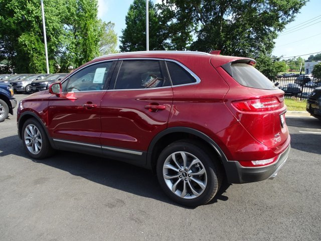 2019 Ruby Red Metallic Tinted Clearcoat Lincoln MKC Select 4 Door SUV Automatic Intercooled Turbo Unleaded I-4 2.0 L/122 Engine FWD