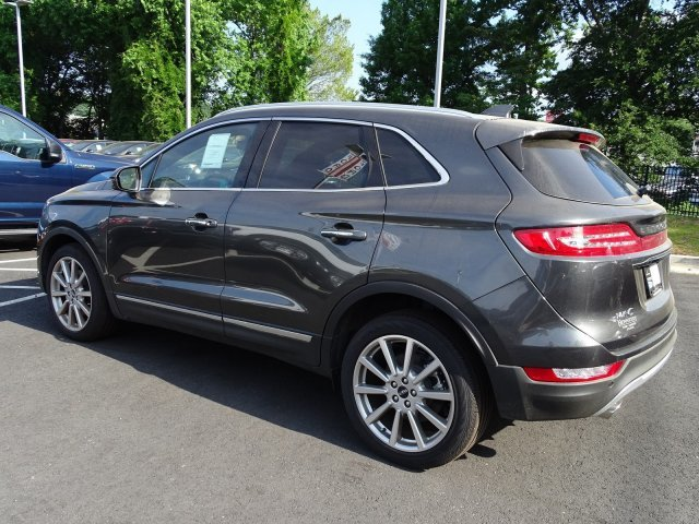 2019 Magnetic Gray Metallic Lincoln MKC Reserve FWD SUV Automatic Intercooled Turbo Unleaded I-4 2.0 L/122 Engine