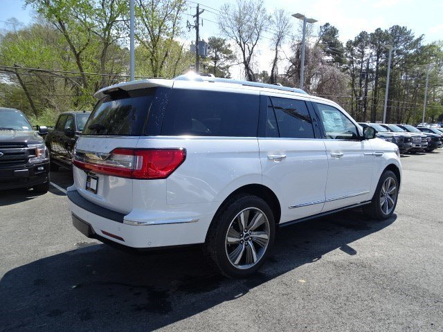 2019 White Platinum Metallic Tri-Coat Lincoln Navigator Reserve Twin Turbo Unleaded V-6 3.5 L/213 Engine 4 Door SUV Automatic 4X4