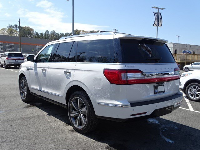 2019 White Platinum Metallic Tri-Coat Lincoln Navigator Reserve Twin Turbo Unleaded V-6 3.5 L/213 Engine SUV 4X4 4 Door Automatic