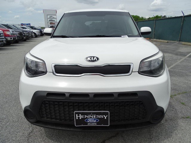 2015 Clear White Kia Soul Base Manual FWD Crossover 4 Door Regular Unleaded I-4 1.6 L/97 Engine