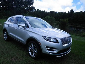 2019 Ingot Silver Metallic Lincoln MKC Select SUV 4 Door Automatic 2.0L I4 Engine