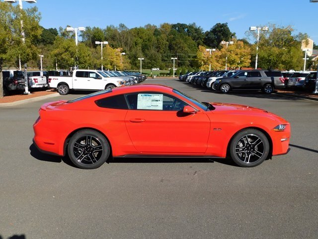 2019 Ford Mustang GT 2 Door Manual RWD Coupe 5.0L V8 Ti-VCT Engine