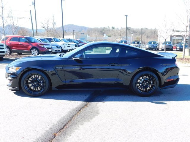 2018 Shadow Black Ford Mustang Shelby GT350 5.2L Ti-VCT V8 Engine Manual Coupe 2 Door RWD
