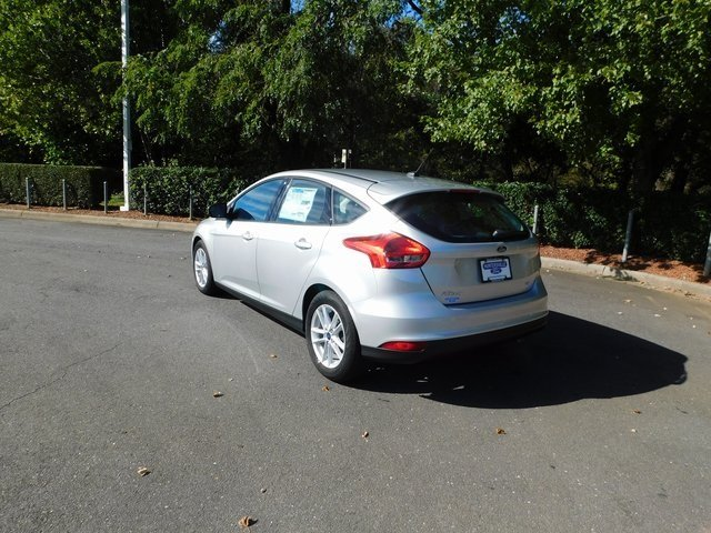 2018 Ingot Silver Metallic Ford Focus SE FWD I4 Engine Automatic 4 Door