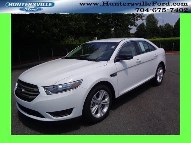 2018 Oxford White Ford Taurus SE 3.5L V6 Ti-VCT Engine Sedan Automatic