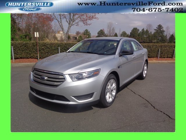 2018 Ingot Silver Metallic Ford Taurus SE 3.5L V6 Ti-VCT Engine 4 Door Automatic