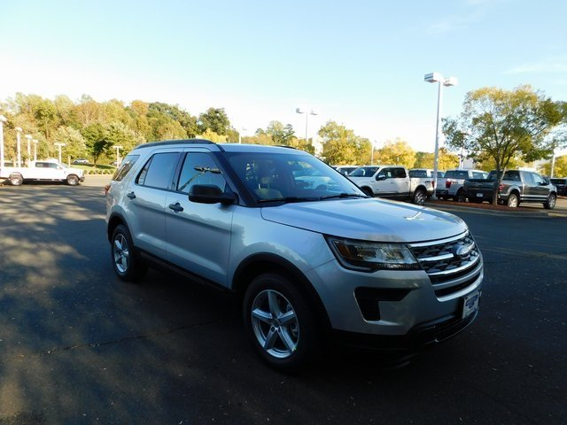 2019 Ingot Silver Metallic Ford Explorer Base 3.5L V6 Ti-VCT Engine 4 Door SUV