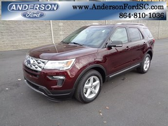2019 Burgundy Velvet Metallic Tinted Clearcoat Ford Explorer XLT 3.5L V6 Ti-VCT Engine SUV FWD 4 Door