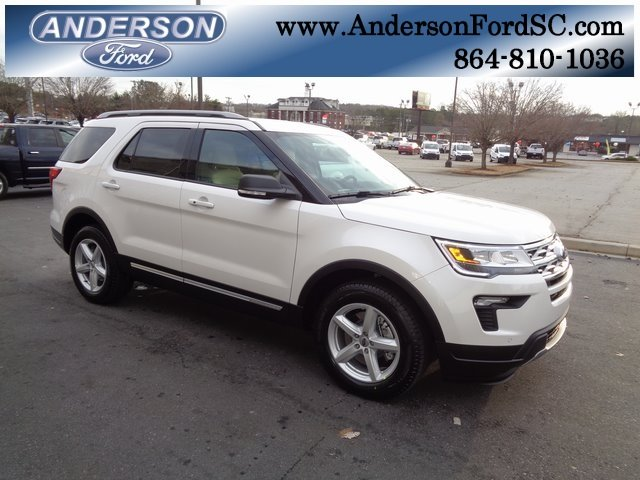 2019 White Metallic Ford Explorer XLT 3.5L V6 Ti-VCT Engine 4 Door FWD Automatic SUV