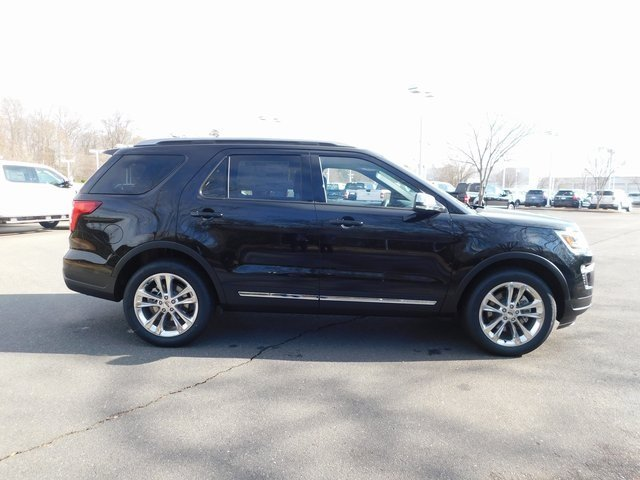 2019 Agate Black Metallic Ford Explorer XLT 4X4 3.5L V6 Ti-VCT Engine 4 Door Automatic SUV