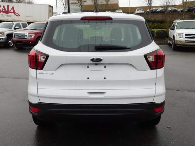 2019 Oxford White Ford Escape S Automatic 2.5L iVCT Engine FWD SUV 4 Door