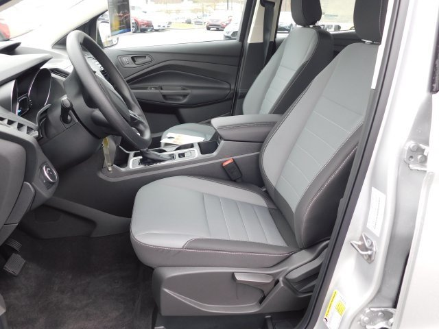 2019 Ford Escape S FWD SUV 2.5L iVCT Engine