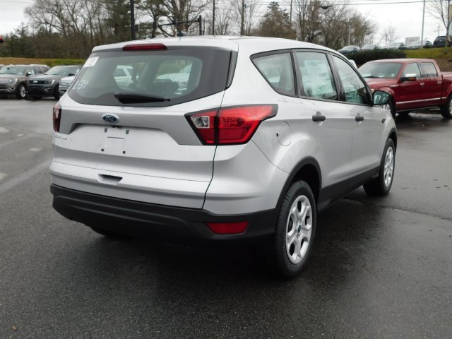 2019 Ingot Silver Metallic Ford Escape S FWD Automatic 4 Door 2.5L iVCT Engine