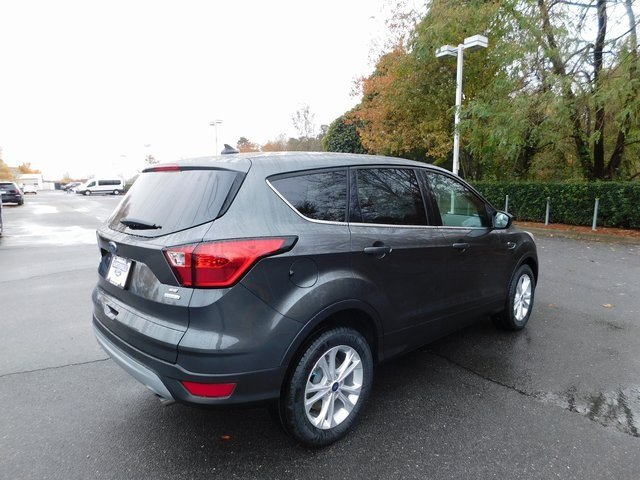 2019 Magnetic Metallic Ford Escape SE SUV 4 Door EcoBoost 1.5L I4 GTDi DOHC Turbocharged VCT Engine Automatic FWD