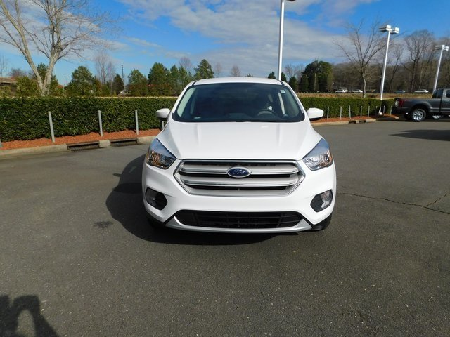 2019 Ford Escape SE 4 Door SUV FWD Automatic EcoBoost 1.5L I4 GTDi DOHC Turbocharged VCT Engine