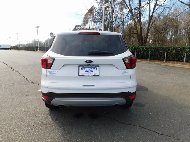 2019 Ford Escape SE EcoBoost 1.5L I4 GTDi DOHC Turbocharged VCT Engine FWD SUV 4 Door Automatic