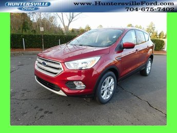 2019 Ford Escape SE 4 Door EcoBoost 1.5L I4 GTDi DOHC Turbocharged VCT Engine Automatic SUV