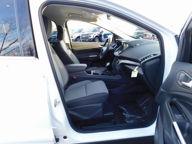 2019 Oxford White Ford Escape SE Automatic SUV EcoBoost 1.5L I4 GTDi DOHC Turbocharged VCT Engine FWD