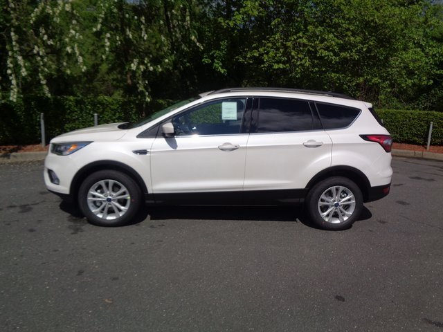 2018 White Platinum Clearcoat Metallic Ford Escape SEL EcoBoost 1.5L I4 GTDi DOHC Turbocharged VCT Engine SUV 4 Door