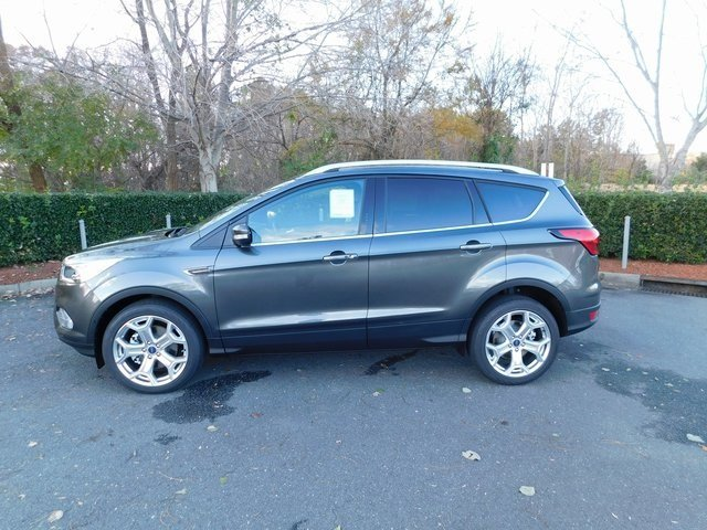 2019 Ford Escape Titanium 4 Door Automatic EcoBoost 2.0L I4 GTDi DOHC Turbocharged VCT Engine SUV
