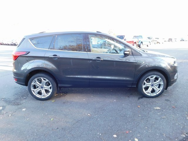 2019 Ford Escape Titanium FWD 4 Door SUV EcoBoost 2.0L I4 GTDi DOHC Turbocharged VCT Engine