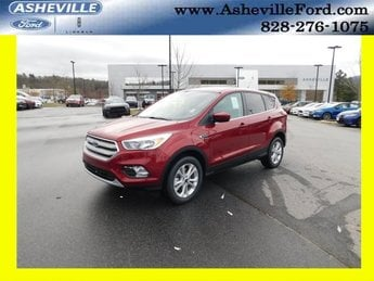 2019 Ruby Red Metallic Tinted Clearcoat Ford Escape SE EcoBoost 1.5L I4 GTDi DOHC Turbocharged VCT Engine SUV 4 Door Automatic