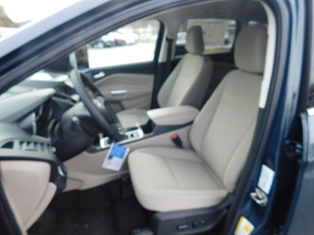 2019 Ford Escape SE 4X4 4 Door EcoBoost 1.5L I4 GTDi DOHC Turbocharged VCT Engine Automatic SUV