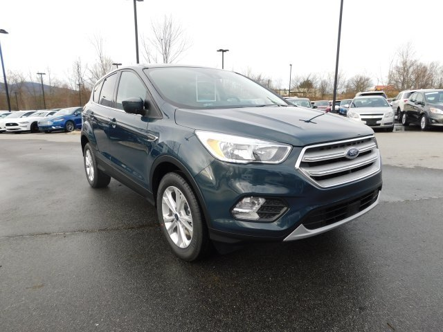 2019 Ford Escape SE SUV EcoBoost 1.5L I4 GTDi DOHC Turbocharged VCT Engine 4X4 Automatic
