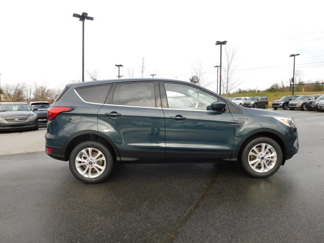 2019 Baltic Sea Green Metallic Ford Escape SE 4 Door EcoBoost 1.5L I4 GTDi DOHC Turbocharged VCT Engine 4X4