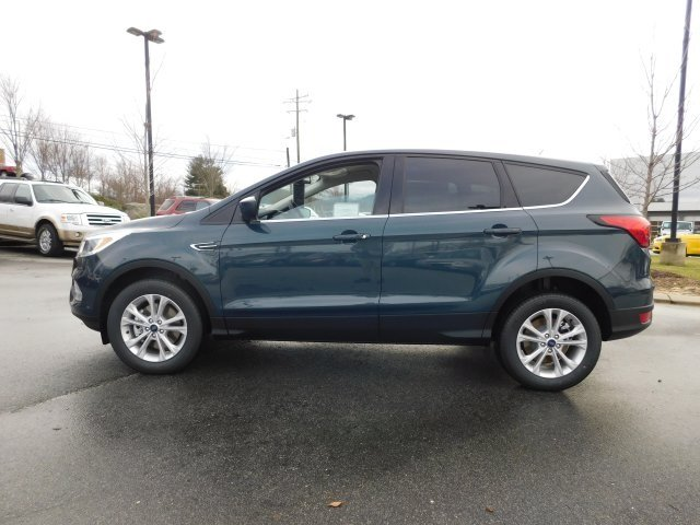 2019 Baltic Sea Green Metallic Ford Escape SE 4X4 EcoBoost 1.5L I4 GTDi DOHC Turbocharged VCT Engine 4 Door