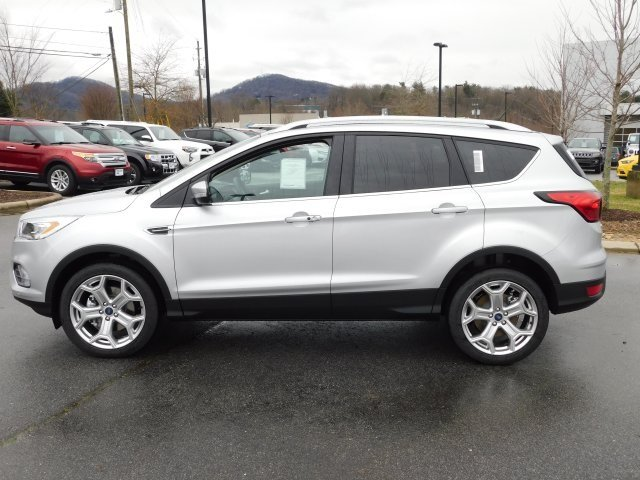 2019 Ford Escape Titanium 4 Door SUV EcoBoost 2.0L I4 GTDi DOHC Turbocharged VCT Engine 4X4 Automatic