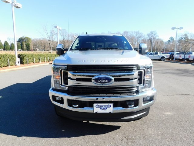 2019 Ingot Silver Metallic Ford Super Duty F-250 SRW XLT 4X4 4 Door 6.2L SOHC Engine Automatic Truck