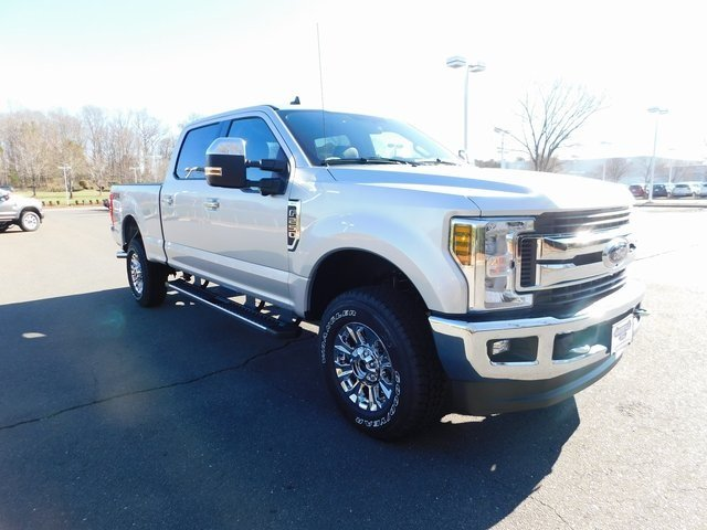 2019 Ingot Silver Metallic Ford Super Duty F-250 SRW XLT Truck 4 Door 4X4