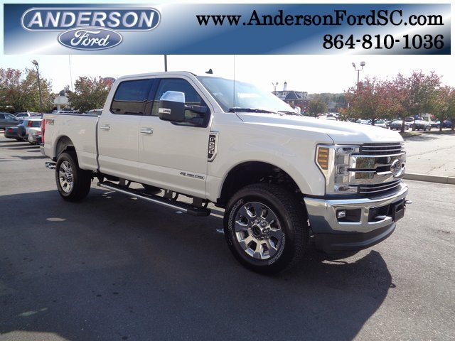 2019 White Ford Super Duty F-250 SRW Lariat 4X4 4 Door Truck