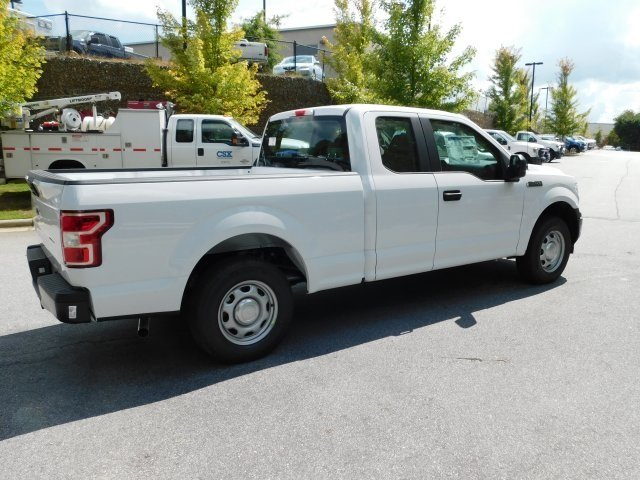 2018 Oxford White Ford F-150 XL 3.3L V6 Ti-VCT 24V Engine Automatic RWD 4 Door